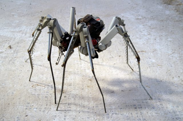 recycled sculpture scrap art green eco recycledart junk rubbish hubcap animal insect spider cyber