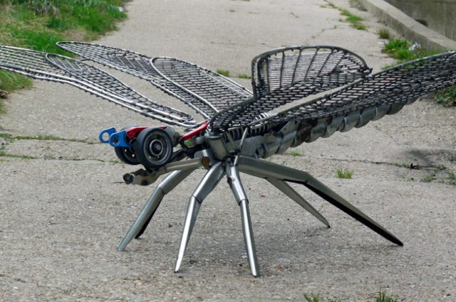 recycled sculpture scrap art green eco recycledart junk rubbish hubcap animal insect dragonfly
