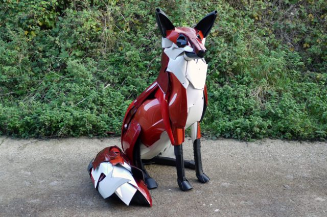 recycled sculpture scrap art green eco recycledart junk rubbish hubcap animal fox foxes bumper car