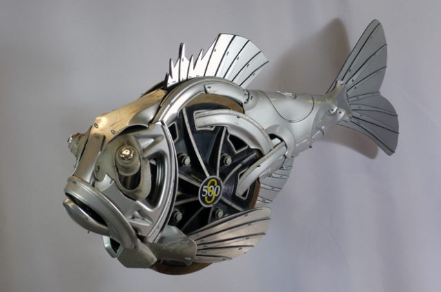recycled sculpture scrap art green eco recycledart junk rubbish hubcap fish fishes angling deepseafishing deep sea hatchet hatchetfish