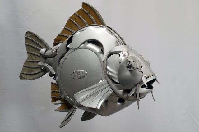 recycled sculpture scrap art green eco recycledart junk rubbish hubcap fish fishes angling deepseafishing deep sea carp
