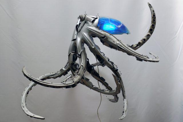 recycled sculpture scrap art green eco recycledart junk rubbish hubcap fish fishes angling deepseafishing deep sea octopus
