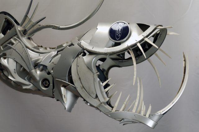 recycled sculpture scrap art green eco recycledart junk rubbish hubcap fish fishes angling deepseafishing deep sea viperfish
